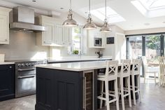 Real Kitchens from 1909 kitchens - high quality kitchens with a quintessentially British feel. Real Kitchen, Kitchen Paint, Open Plan Kitchen, Diy Kitchen, Kitchen Ideas, Kitchen Grey, Kitchen Board, Family Kitchen, Kitchen Units