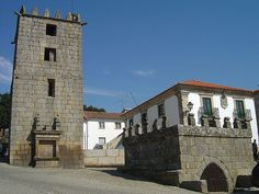 pt/ See where this picture was taken. Medieval Castle, Historical Sites, Portuguese, All Over The World, Palace, 1, Mansions, History, Country