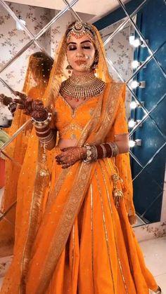 Indian Bridal Photos, Indian Bridal Makeup, Indian Bridal Outfits, Indian Bridal Fashion, Indian Fashion Dresses, Indian Designer Outfits, Indian Bride Dresses, Wedding Dresses For Girls, Bridal Dresses