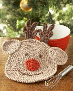 Free crochet pattern: Lily Sugar'n Cream - Reindeer Dishcloth. Rudolph the red-nosed dishcloth is here to help fill your kitchen with holiday cheer!