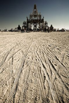 Burning man in de USA. https://www.hotelkamerveiling.nl