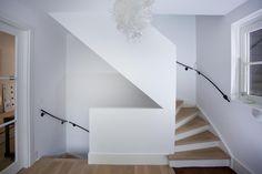 Klik op de afbeelding sluiten, klik en sleep om te verplaatsen. Gebruik de pijltjestoetsen voor de volgende en vorige. Stairs, Studio, Home Decor, Stairway, Decoration Home, Room Decor, Staircases, Studios, Home Interior Design