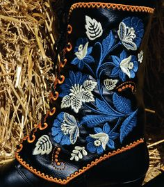 Boot/Shoe Gaiter Embroidered,  Made of faux Leather to Accessorize your Leg