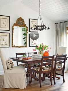 No time to decorate? No problem! These super quick decorating updates will have your look refreshed in just 10 minutes.