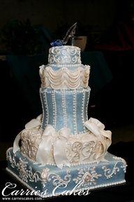 #CinderellaWeddingCake