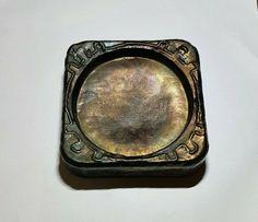 Antique Older Mark Arts & Crafts Rare Hammered Copper Ashtray #ArtDeco #SYRIA Broom Holder, Roycroft, Hammered Copper, Antique Art, Syria, Arts And Crafts, Antiques, Metal, Art Deco