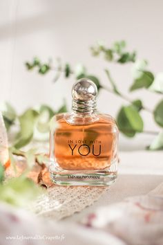parfum emporio Armani In love with you Best Fragrance For Men, Best Fragrances, Perfume Scents, Perfume Bottles, Emporio Armani, Perfume Collection, Trends, Clean Beauty, Bath And Body Works