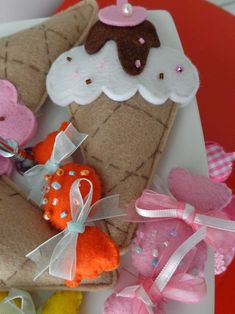 Gingerbread Cookies, Christmas Stockings, Elsa, Gift Wrapping, Holiday Decor, Gifts, Felting, Accessories, Gingerbread Cupcakes
