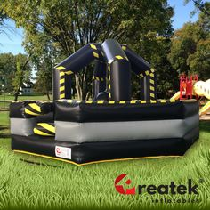 Commercial-grade of famous inflatable game Wrecking ball including EU safety certificate for commercial use and use for public events. Rely on professional inflatable games from Europe leading supplier REATEK. Logo Shapes, Bouncy Castle, Samos, Indoor Playground, Central Europe, Free Time, Design Your Own, Playroom, Tent
