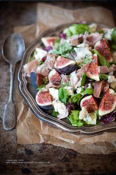 Kulinarne podróże: Sałatka z figami i serem z niebieską pleśnią (Fig and blue cheese salad).