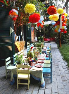 Colourful outdoor setting #colour #kids #party #entertainment