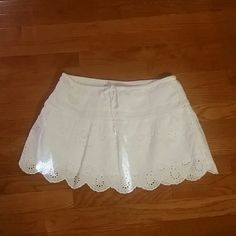 Gorgeous Little White Eyelet Skirt by Aerie Size small and 100 % cotton. ...Precious little skirt by Aerie aerie Skirts Mini
