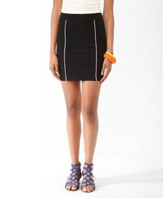 Black Paneled piping skirt with white piping