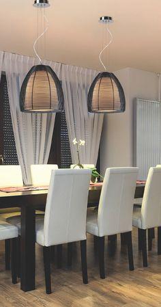 Lampa wisząca należąca do nowej serii lamp, charakteryzującej się lekkością i nowoczesnym wzornictwem. Lampa Zuma Line PICO wykonana jest z aluminium, a konstrukcja klosza, dzięki specjalnym otworom, daje ciepłe i przyjemne światło. Lampy z tej kolekcji będą interesującym i nowoczesnym elementem wyposażenia wnętrza.