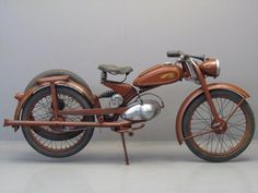 vintage motorcycles | antique motorcycle | Vintageholic