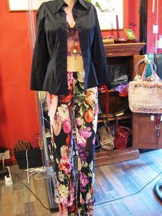Trovi tutto qui da #Lolalondonstyle solo pezzi unici #Londra #London #Roma #Rome #Lolalondonstyle #fashion #outfit #bijoux #accessori #moda #woman #streetstyle #abbigliamento #vintage
