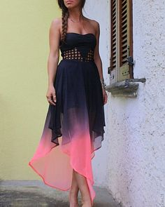 ombre dress, like that style, not necessarily that specific dress. Pink And Blue Dress, Red Black Dress, Purple, Dress Me Up, Dress Skirt, Pretty Dresses, Beautiful Dresses, Love Fashion, Fashion Beauty