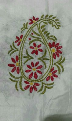 Border Embroidery, Hand Embroidery Videos, Hand Work Embroidery, Flower Embroidery Designs, Creative Embroidery, Hand Embroidery Stitches, Embroidery Patterns, Chudidhar Neck Designs, Blouse Designs