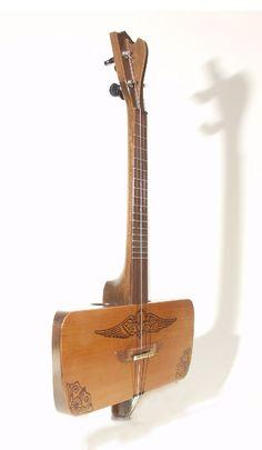 1920s commemorative  Aero-uke reproduction from Phaku Ukulele