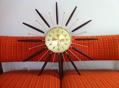 TIMELESS TIME: Starburst clocks, now so exotic feeling, were a staple in lots of mid-century home. This electric clock by Lux combines walnut and metal and spans 26 inches across. Electric Clock, Central Illinois, Mid Century House, Mid Century Modern Furniture, Vintage Fashion, Vintage Style, Clocks, Thrifting, Mid-century Modern
