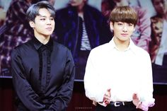 That's what I like to call a double kill. Two handsome boys in one frame, my fav ship ❤️ #Jikook #Kookmin