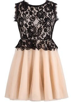 Apricot Contrast Lace Sleeveless Pleated Dress 26.67