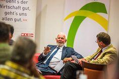 Ernst Ulrich von Weizsäcker beim Sommergespräch des Ökosozialen Forum Kärnten mit Präsident Walfried Wutscher  / Bild: Helmuth Weichselbraun