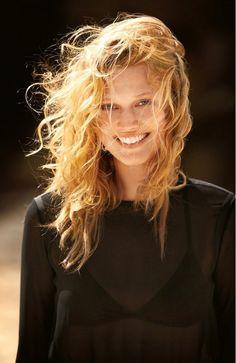 Toni Garrn // beach waves, sheer top & black bikini #style #fashion #summer #hair