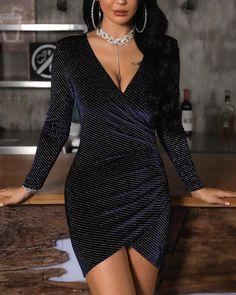 ivrose / V-Neck Surplice Wrap Glitter Bodycon Dress Black Women Fashion, Look Fashion, Womens Fashion, Fashion Fall, Fall Dresses, Prom Dresses, Sequin Dress, Bodycon Dress, Dress Outfits
