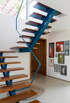 You can construct your staircase from a wide array of materials, the majority of which you may use for the staircase and for the balustrade. If you believe that your staircase is only a tool to acquire from 1 story… Continue Reading → Stair Railing Design, Home Stairs Design, Staircase Railings, Interior Stairs, Stairways, House Design, Railing Ideas, Stair Treads, Stairs Upgrade