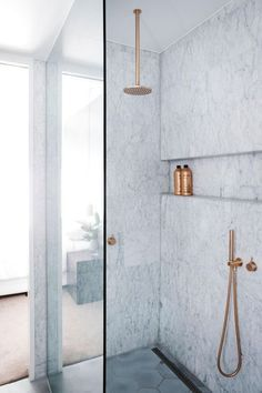 Contemporary Bathroom Round shower head with wall/ceiling arm 8'/12' inch Burnished Brass Gold Brushed