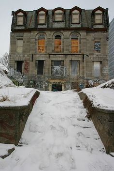 Constructed in the 1830s, the Lafontaine House is one of the rare mansions that remains from this era. It was home to one of Canada's most important 19th century politicians, Louis-Hippolyte LaFontaine, who was the first Prime Minister of the united Canadas and a key player in the creation of the country's democratic institutions. It has been abandoned for the last 15 years. Montreal, Quebec.