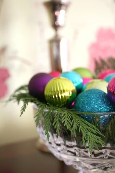 Short on time? You can make these stunning DIY tabletop decorations for any type of party or season in five minutes or less. Quick, easy, and guaranteed to wow your family and guests! Little Christmas, Christmas Home, White Christmas, Christmas Holidays, Christmas Bulbs, Christmas Crafts, Christmas Decorations, Holiday Decorating, Decorating Ideas