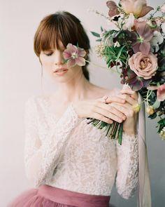 Portra 400, Fujifilm, Flower Girl Dresses, Feminine, Wedding Dresses, Simple, Flowers, Inspiration, Beautiful