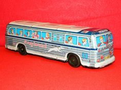 Antique Tin Toy Greyhound Bus Friction Wind-up All Metal toys Made In Japan toy