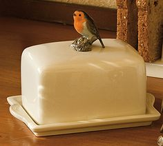 Country Simplicity - Table top and more - Robin Butter Dish and Cover