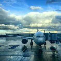 Airplane on Gate - CDG Paris