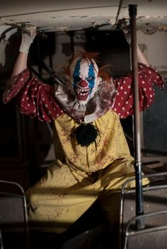 Strangling Brothers Haunted Circus, Utah's scariest haunted house, opens Friday, September This year, IT is back! Haunted Circus, Halloween Circus, Boy Halloween Costumes, Halloween Ideas, Halloween 2018, Halloween Stuff, Haunted Maze, Scary Haunted House, Halloween Haunted Houses