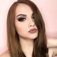 #MakeupArtistMonday to this STUNNING beauty wearing some of our favorite #Smashbox products! @makeup.melissa is lighting up her face with the Light it Up 3 Palette Set, Always On Liquid Lipstick (Stepping Out), and Photo Finish Primer and Primer Oil. Follow her for creative inspiration and to show her a little bit of love on a Monday morning... 😘 Shop all of these products in-store and online today. Link in bio.