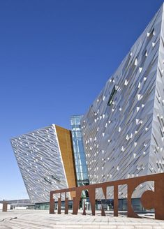 Maritime museum in northern Ireland dedicated to famously ill-fated ship the RMS Titanic. Titanic Belfast by CivicArts and Todd Architects
