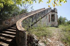 Fuerte Capron,  en el bosque  seco de  Guanica,  Puerto Rico.