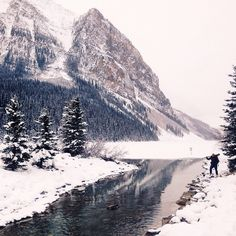 // Take me back! I need more Lake Louise in my life! //