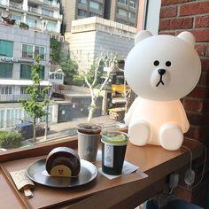 Korean Cafe, Korean Food, Matcha Drink, Different Types Of Tea, Kawaii Cooking, Cute Cafe, Line Friends, Bakery Cafe, Cafe Food