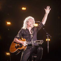 「- Brian May. love of my life - #rockinrio #queen」https://instagram.com/andrehawk/