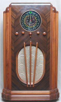 Arvin 927 Wood Tube Radio
