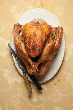 The Perfect Bird: How to Roast the Best Thanksgiving Turkey - Saveur Best Thanksgiving Turkey Recipe, Best Turkey, Thanksgiving Menu, Christmas Turkey, Thanksgiving Celebration, Turkey Recipes, Chicken Recipes, Perfect Turkey, Roasted Turkey
