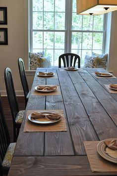 Beautiful farmhouse-style table. DIY instructions at the link.