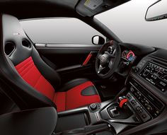 2017 Nissan GT-R Nismo Interior, with red and black details