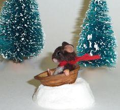 walnut shell crafts | Miniature Mouse & Walnut Shell Sled | craft walnut