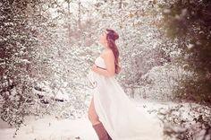 Maternity photo-Ashley Uhl Photography